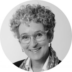 Dr Denise Quinlan